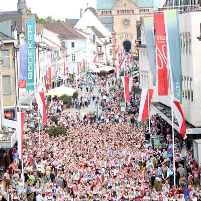 Dindl-Lederhosen-Polonaise Weltrekord 2014_13