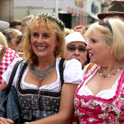 Dindl-Lederhosen-Polonaise Weltrekord 2014_16