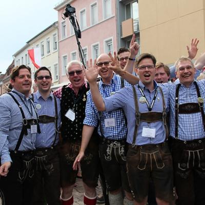 Dindl-Lederhosen-Polonaise Weltrekord 2014_18