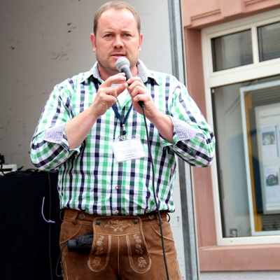 Dindl-Lederhosen-Polonaise Weltrekord 2014_2