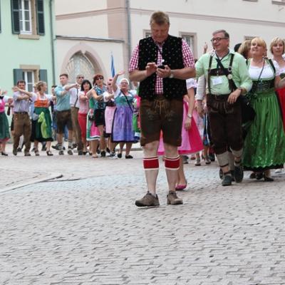 Dindl-Lederhosen-Polonaise Weltrekord 2014_39