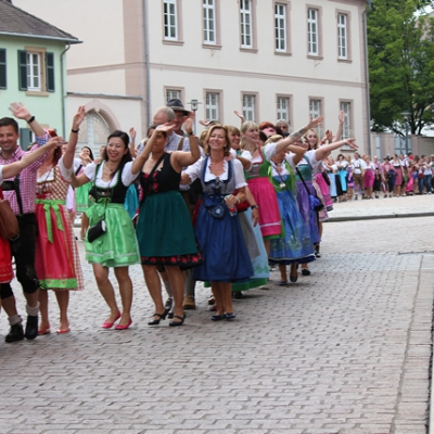 Dindl-Lederhosen-Polonaise Weltrekord 2014_41