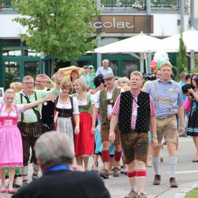 Dindl-Lederhosen-Polonaise Weltrekord 2014_43