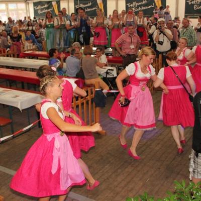 Dindl-Lederhosen-Polonaise Weltrekord 2014_60