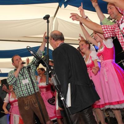Dindl-Lederhosen-Polonaise Weltrekord 2014_68