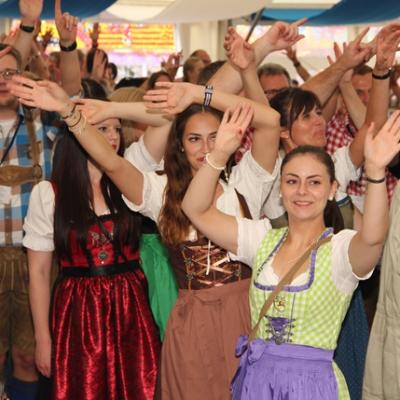 Dindl-Lederhosen-Polonaise Weltrekord 2014_73