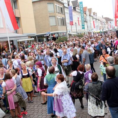Dindl-Lederhosen-Polonaise Weltrekord 2014_9