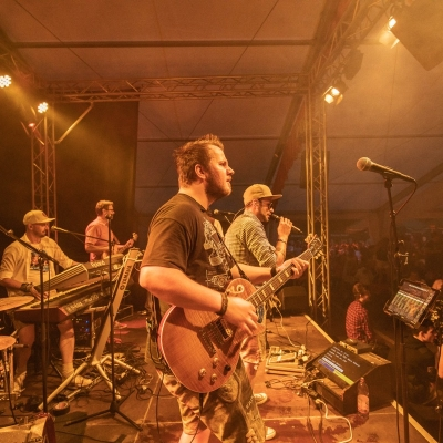 Brezelfest-Samstag-Festplatz_15