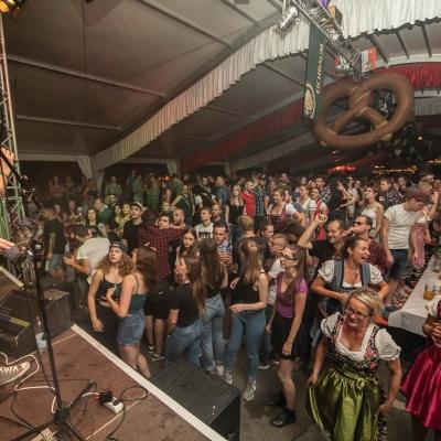 Brezelfest-Samstag-Festplatz_18