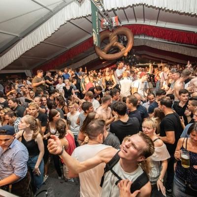 Brezelfest-Samstag-Festplatz_25