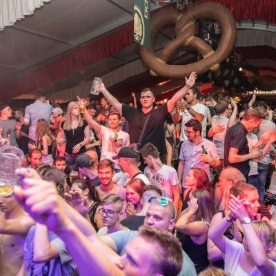 Brezelfest-Samstag-Festplatz_31